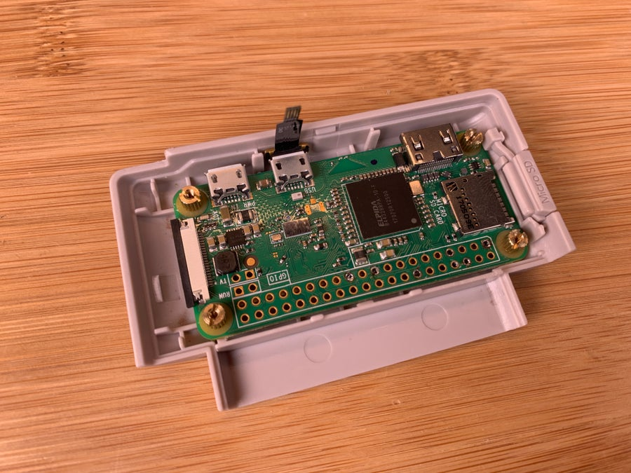 Securing the Pi Zero into the Retroflag GPi housing