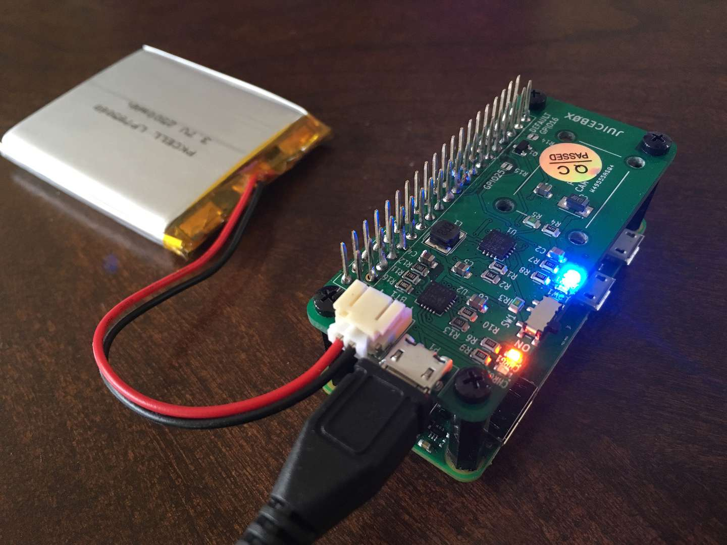 Power your Raspberry Pi Zero with a battery using the JuiceBox Zero