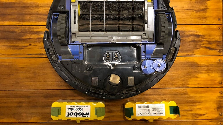 How to Replace Your Roomba's Battery in About 5 Minutes