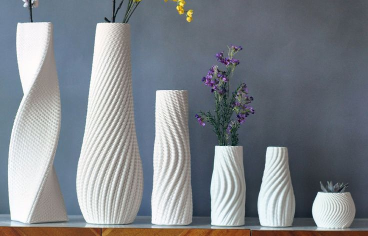 3d printed vases with flowers