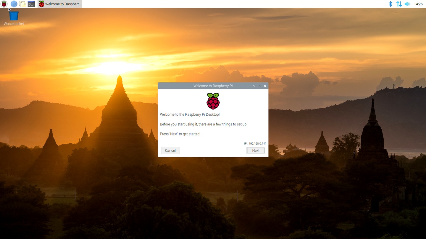 Raspbian Buster desktop screenshot