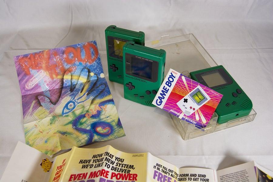 Green Play It Loud Game Boy