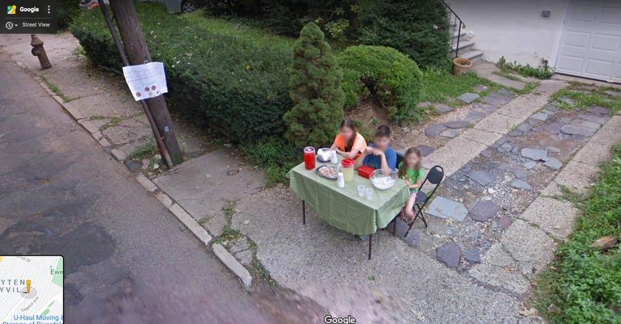 kids selling lemonade google street view