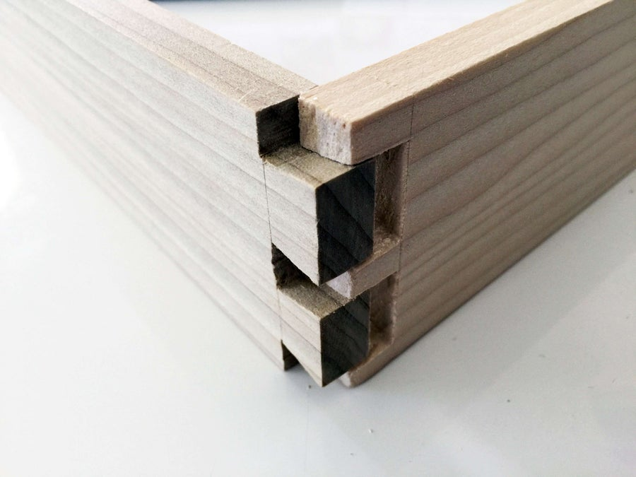 How to make a dovetail joint with traditional woodworking tools