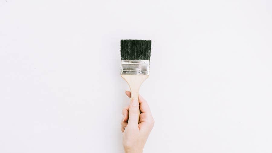 Flat paint brush.