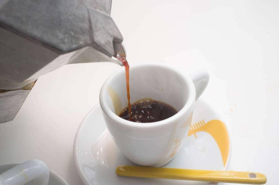 Make Espresso Using the Moka Pot