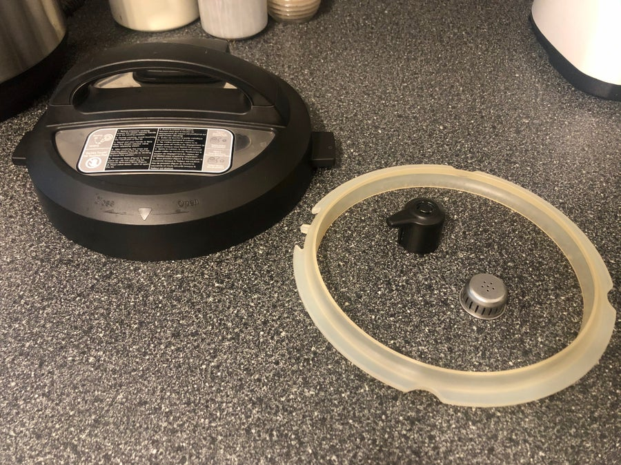 components of the Instant Pot lid