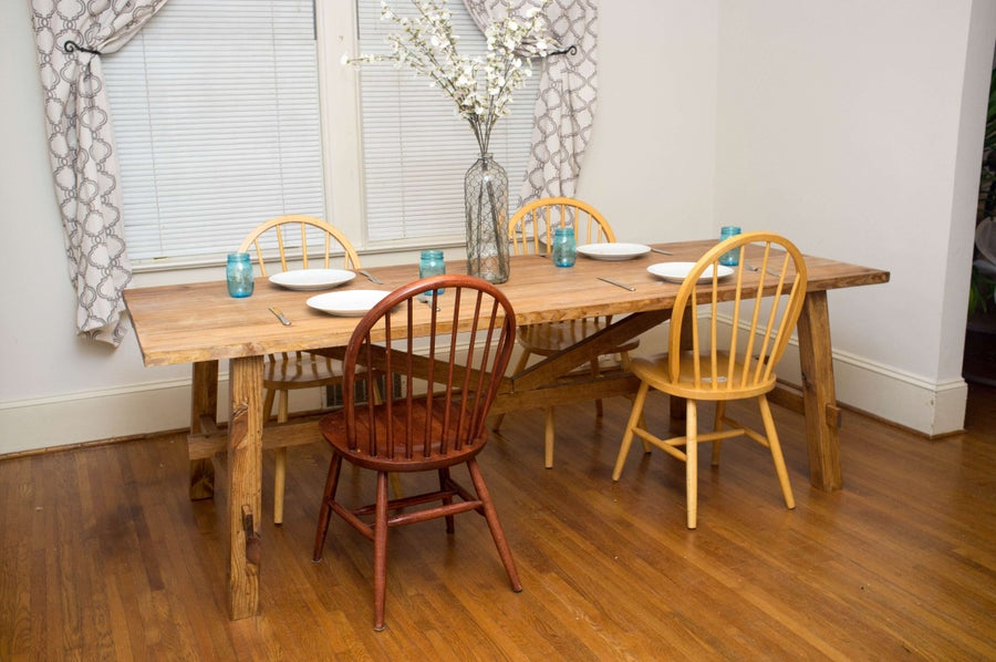 Building a DIY Farmhouse Dinner Table