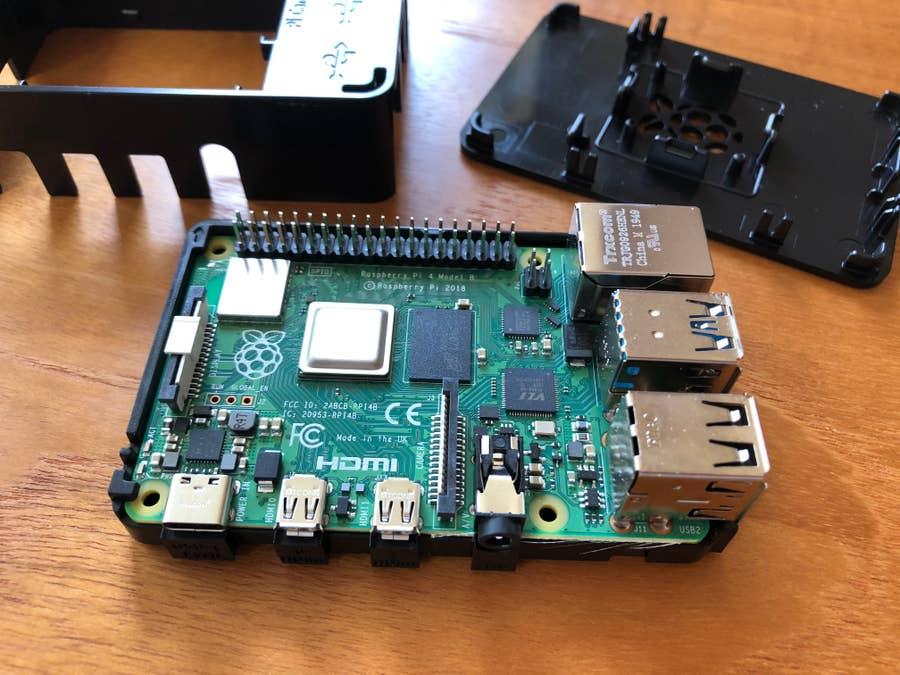 Canakit Raspberry Pi 4