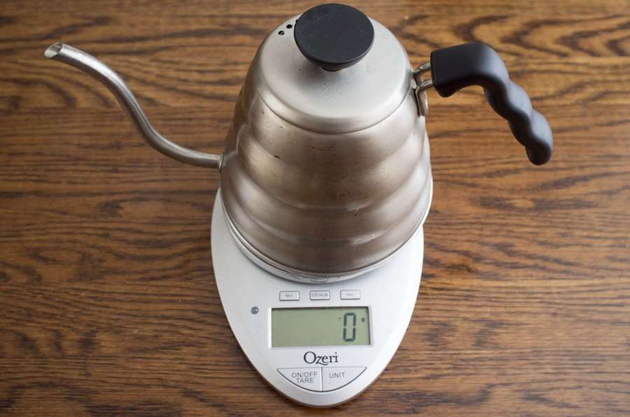 weighting a gooseneck kettle on a scale
