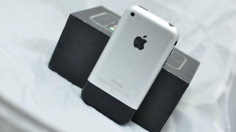iPhone 2G (iPhone 1)