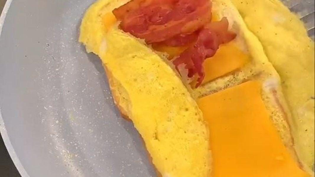 Egg Sandwich Hack