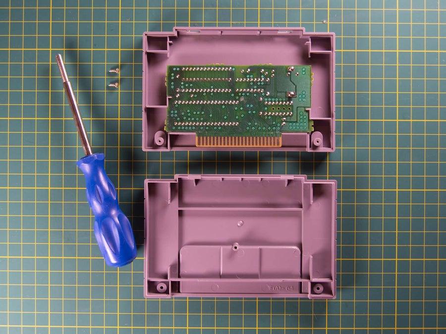 SNES cartridge open