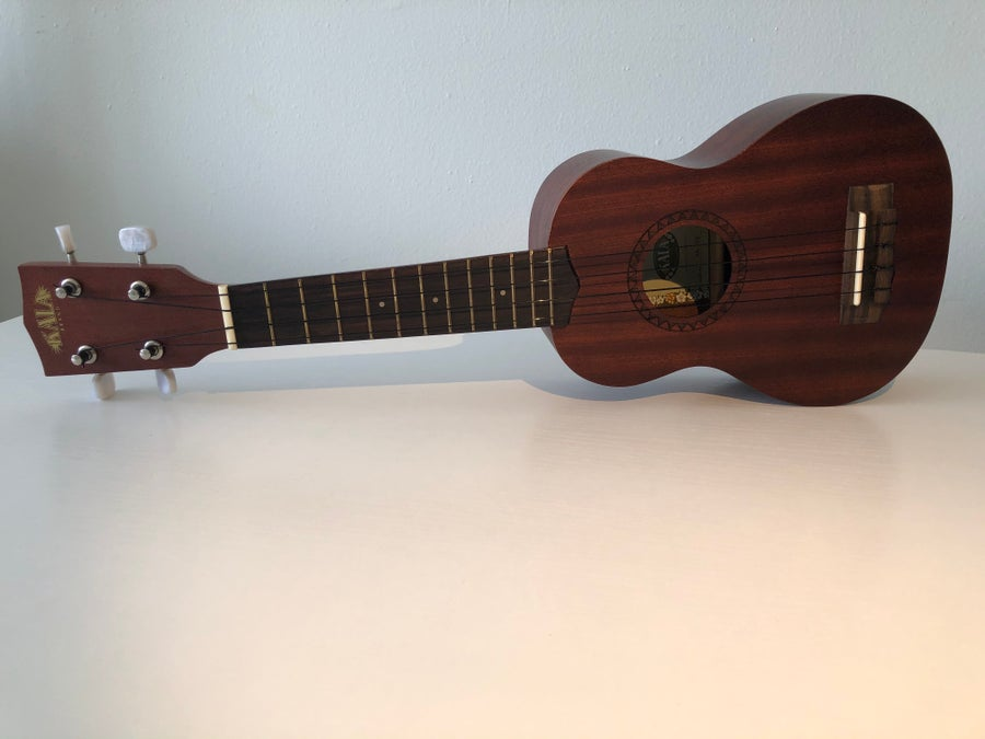 Restrung ukulele