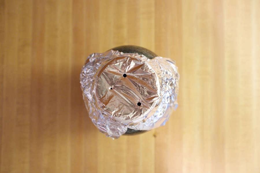 Making cold brew in a mason jar using foil