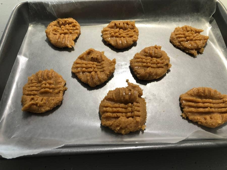 Peanut butter cookies scored