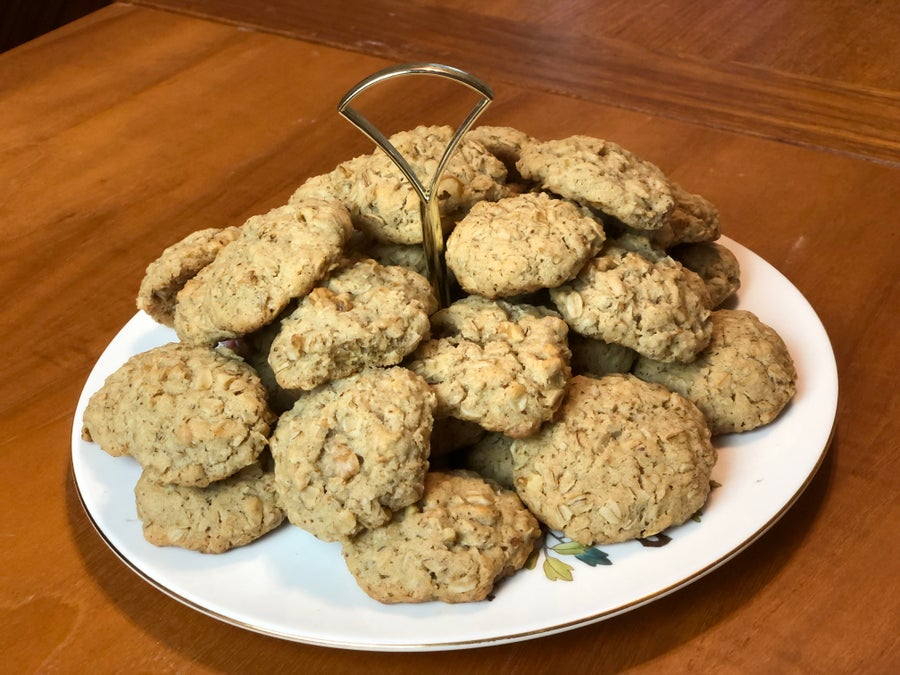 Finished lactation cookies on wooden table
