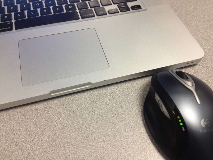 How to Disable the Mac Trackpad When a Wireless Mouse is Present
