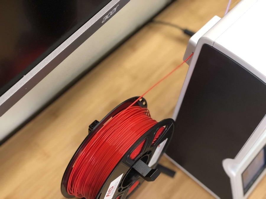 Loading filament