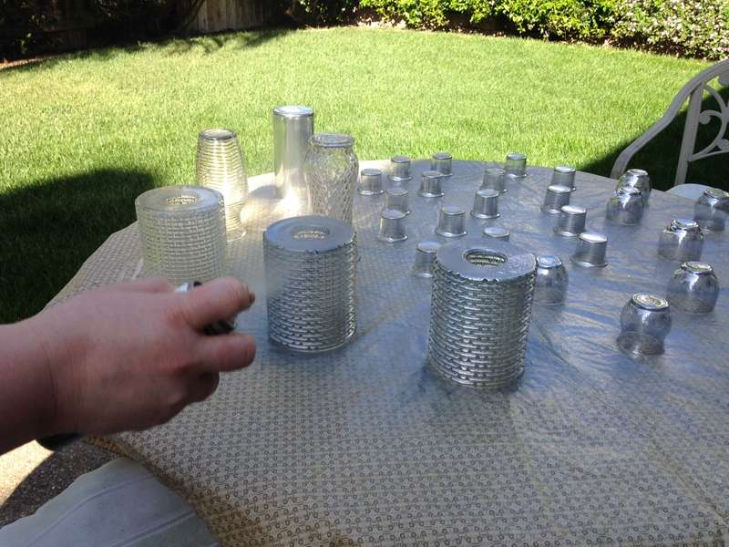Spray the glass with the mirror effect spray paint
