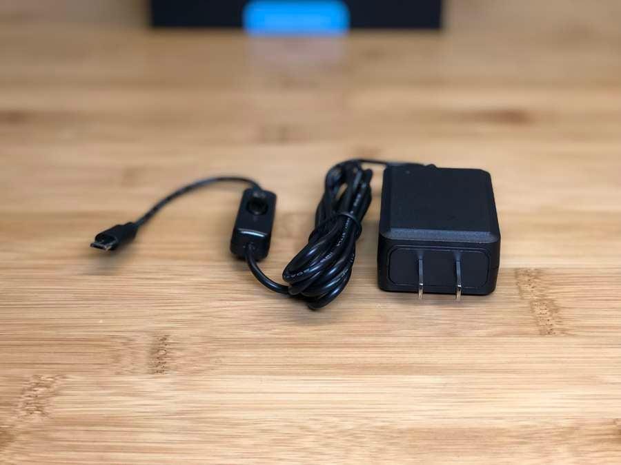 Raspberry Pi starter kit power supply