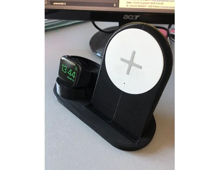 3D printed apple watch and iPhone charging dock