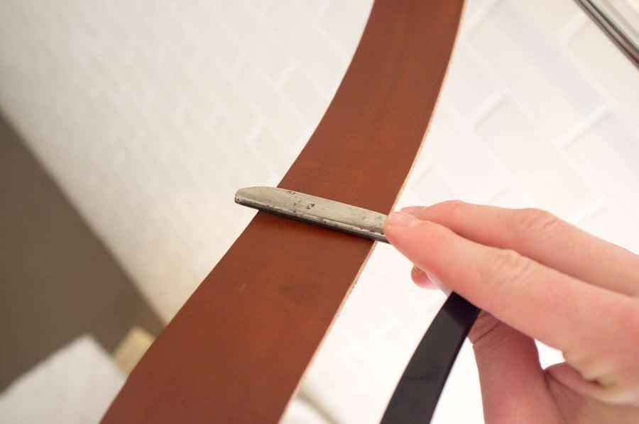 Sharpen your straight razor