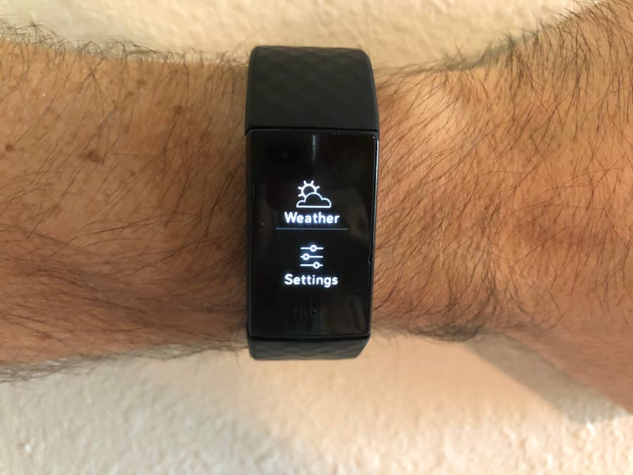Fitbit Charge 4 Settings button