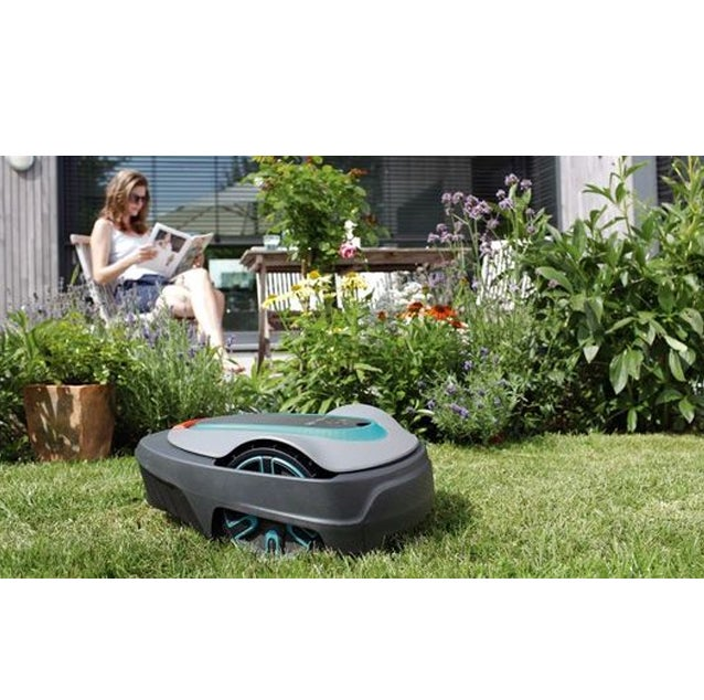 Lawn Mowing Robot