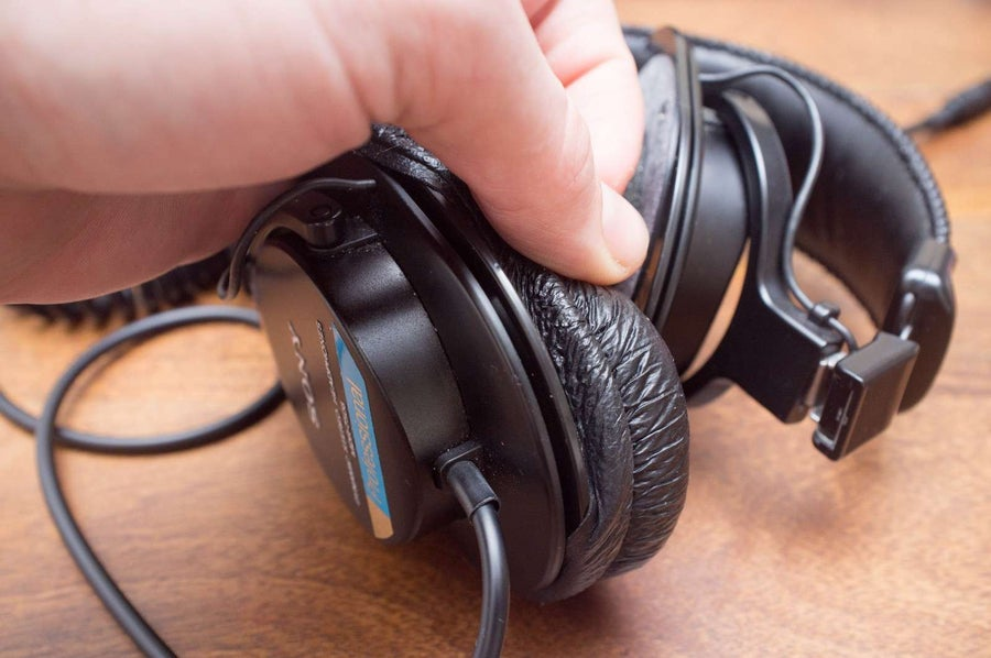 Remove the old pads from the headphones