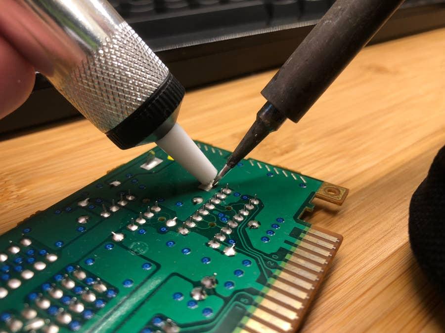Desoldering an old N64 battery