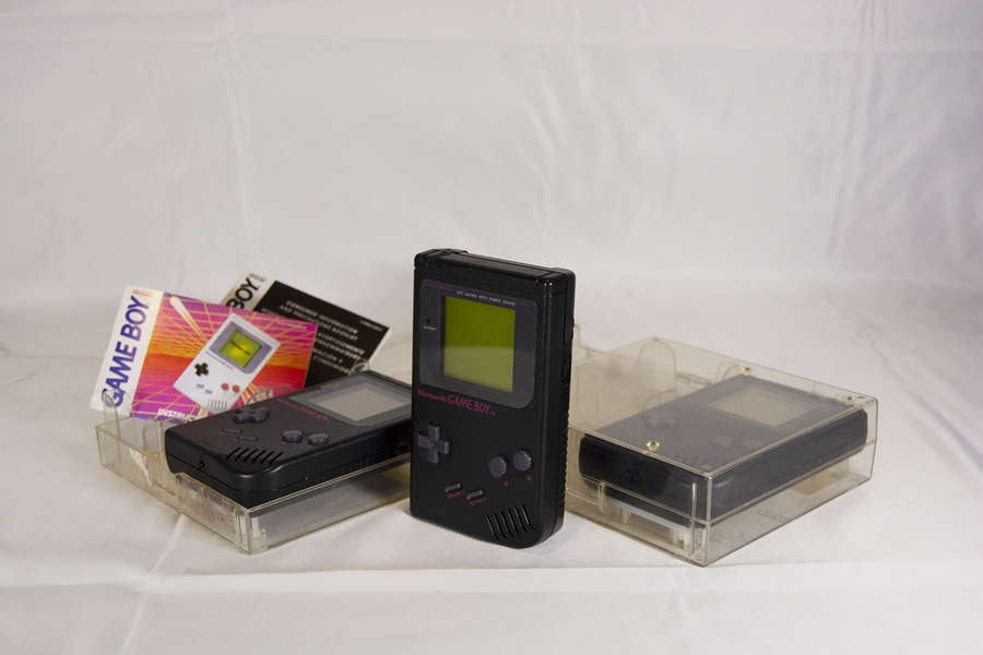 Black Play It Loud Game Boy