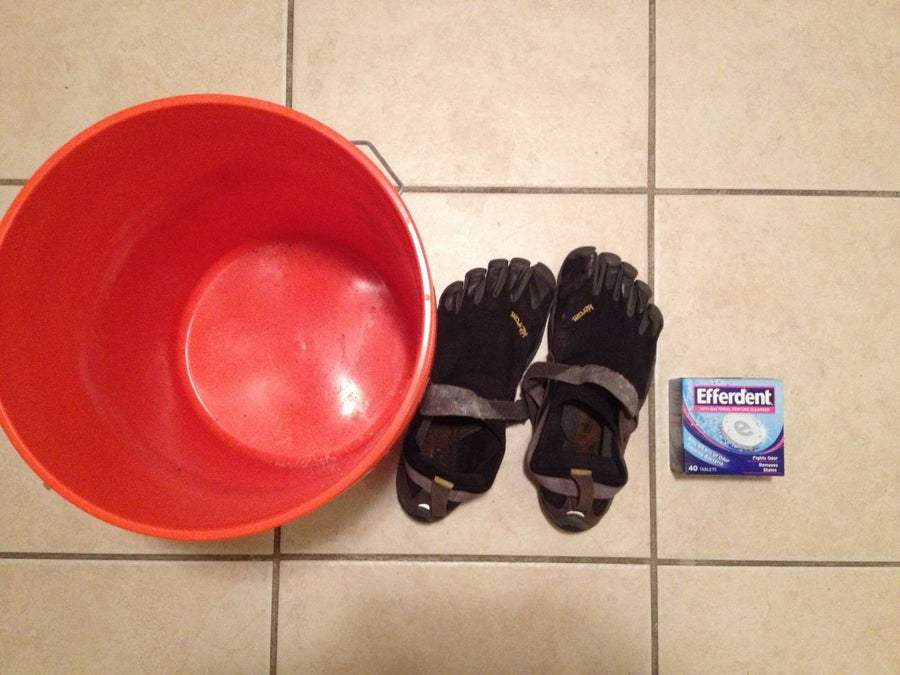 How to Clean Vibram Five Finger Toe Shoes Without Ruining Them