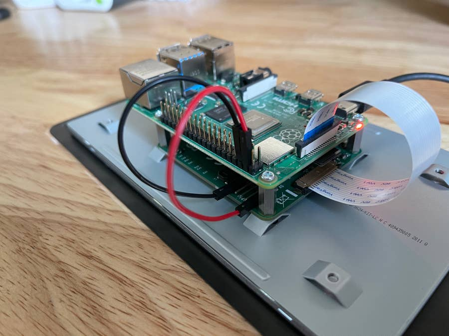 Raspberry Pi touch display jumper cables