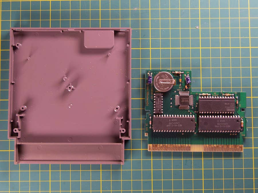 NES cartridge board removed