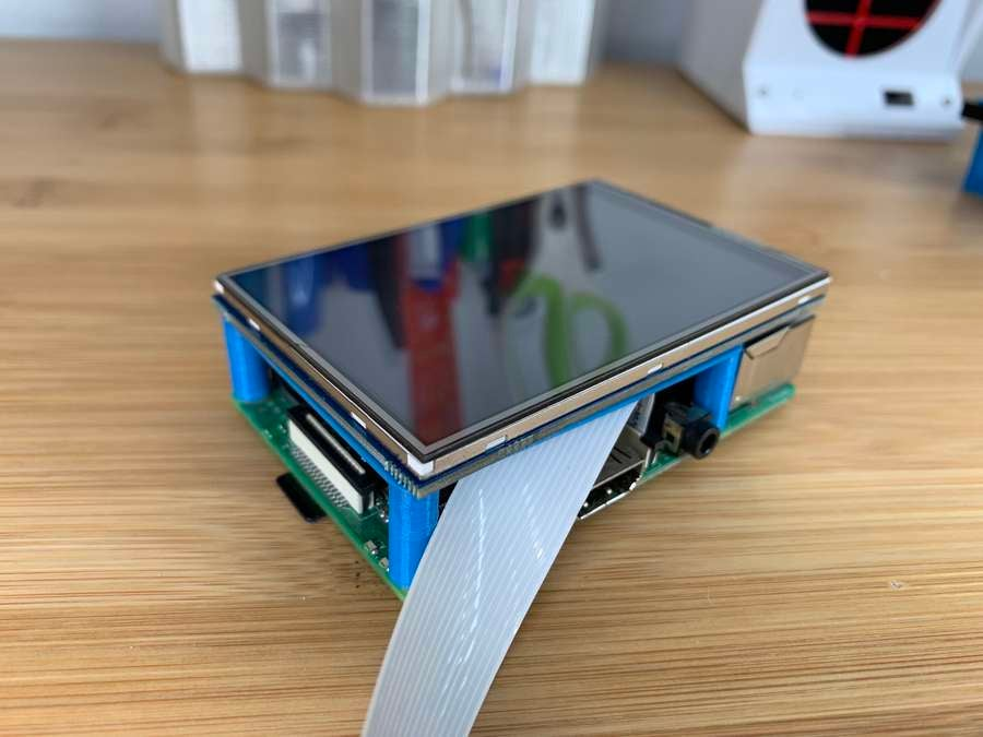 Connecting the touchscreen to the Raspberry Pi