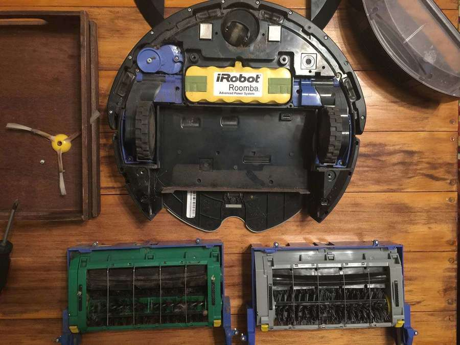 How to replace a broken Roomba's brush assembly - howchoo