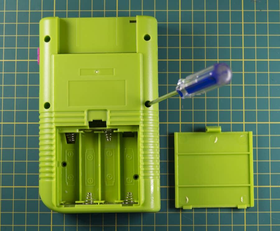Close the Game Boy