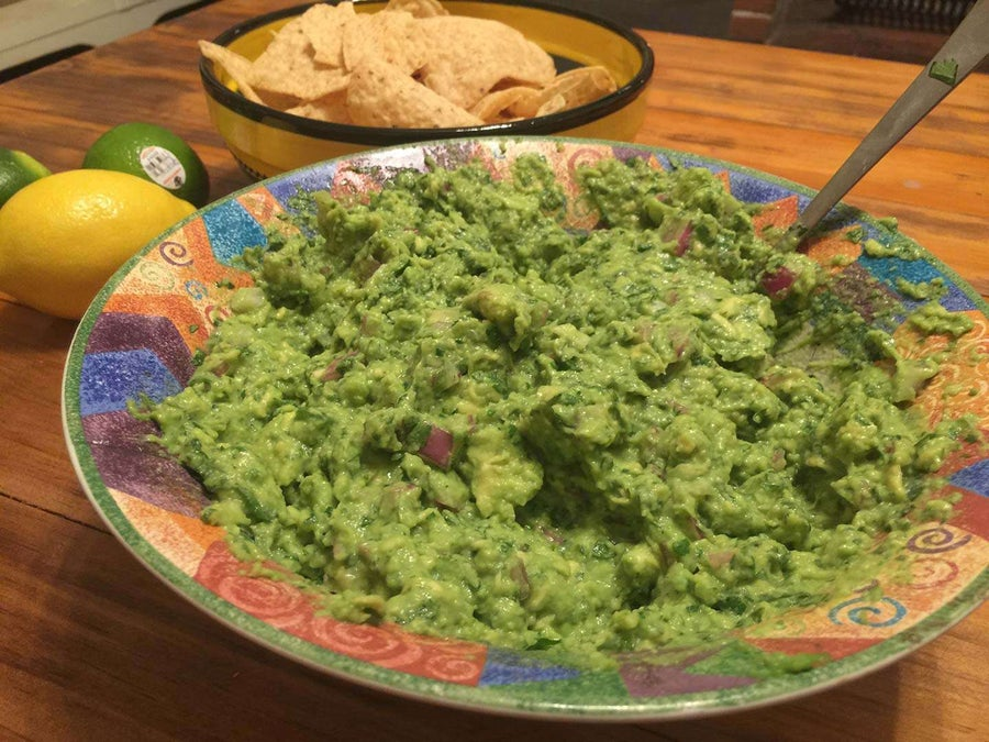 How to Make the Guacamole from Chipotle (By a Former Chipotle Cook)