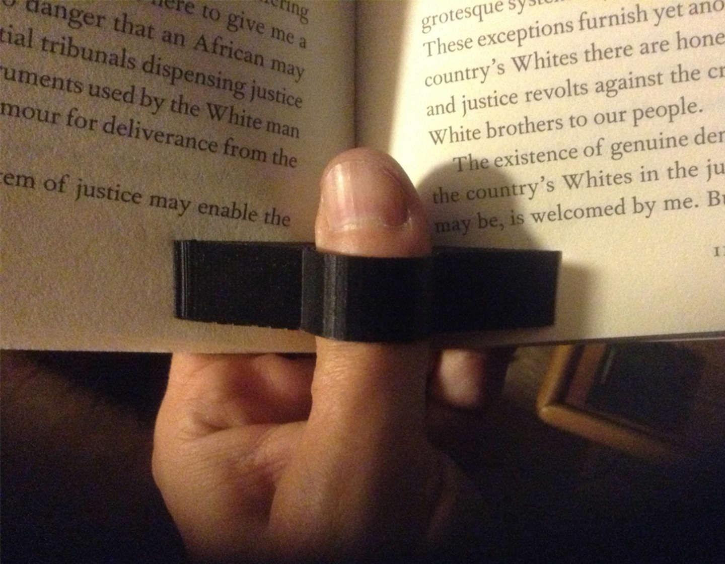 3D printed book ring for thumb