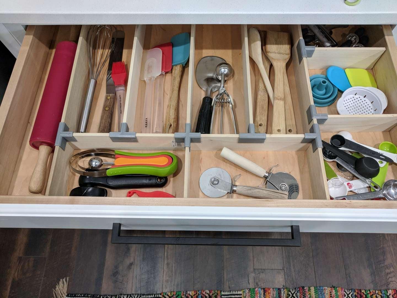 3D-printed drawer organizer