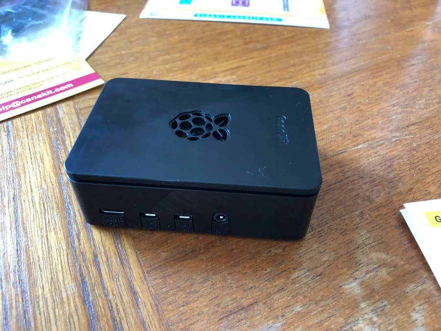 Canakit Raspberry Pi 4 Case