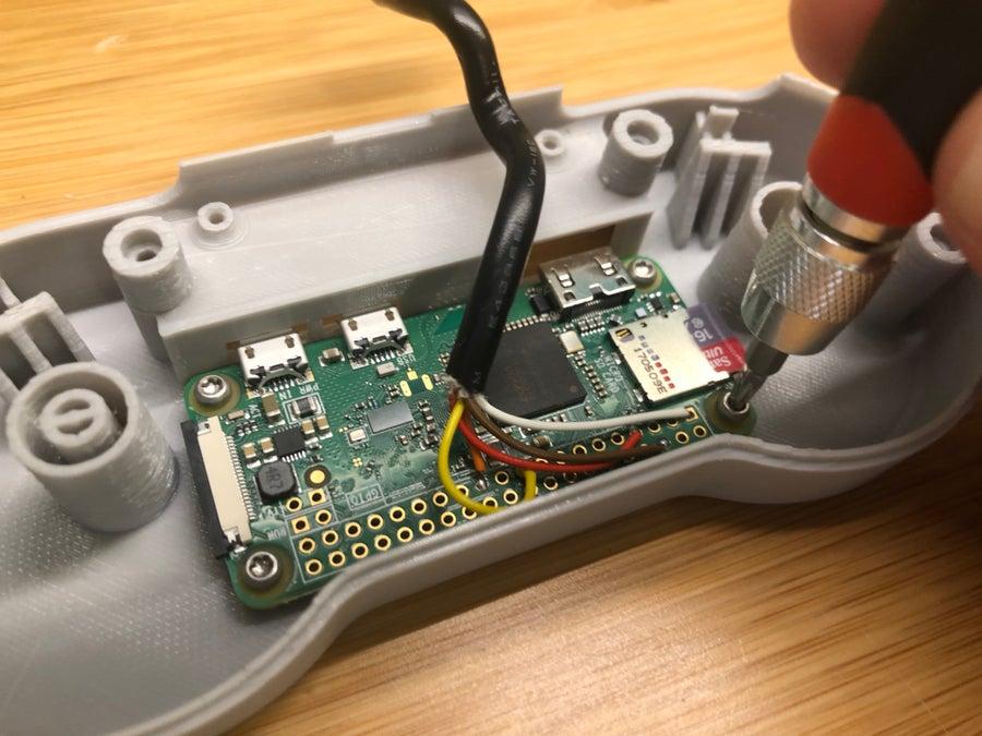Putting a Raspberry Pi Zero inside an SNES gamepad
