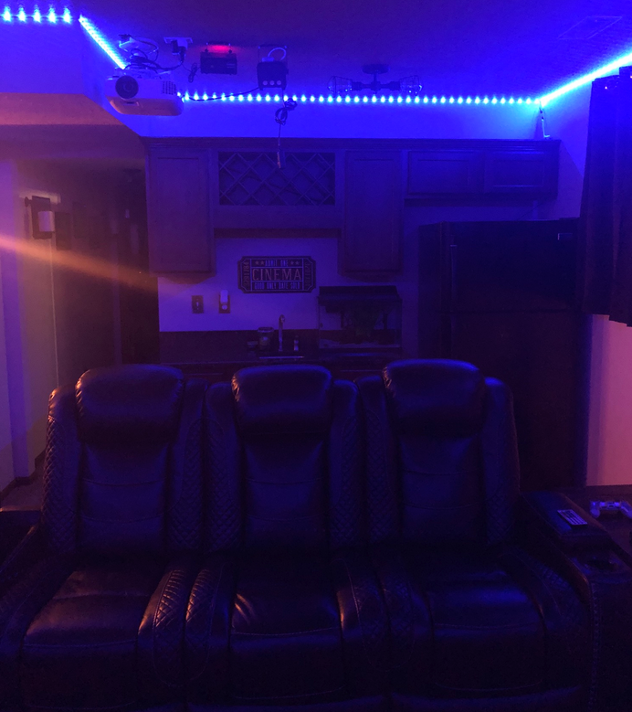 Dual-purpose DIY home theater anyone can learn from