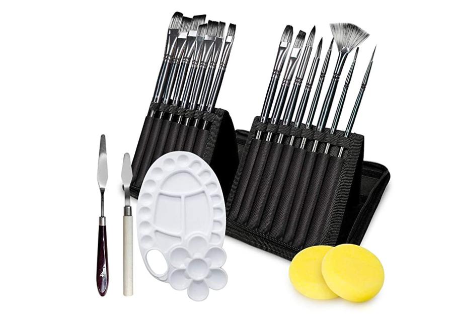 Adkwse paint brush set.