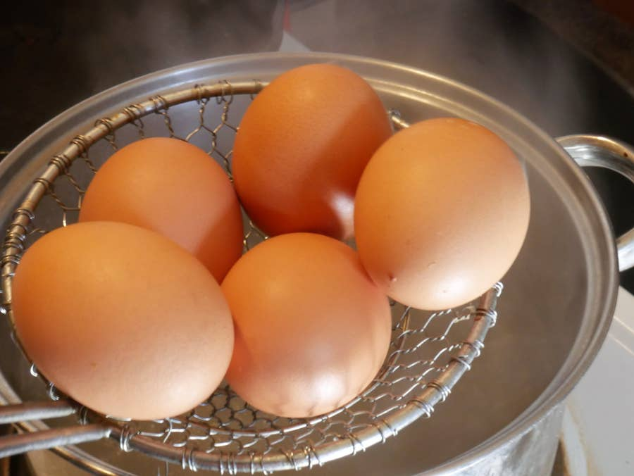 Eggs into pot